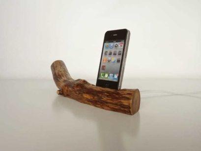 vallis-wood-ipad-ipod-dock-1
