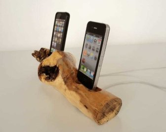 vallis-wood-ipad-ipod-dock-3