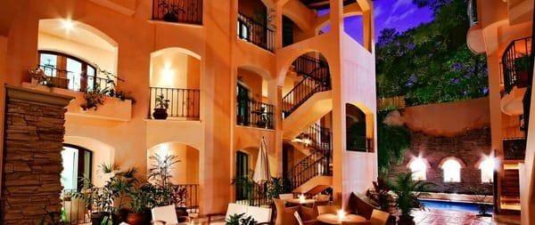 Acanto Condo-Hotel Playa del Carmen