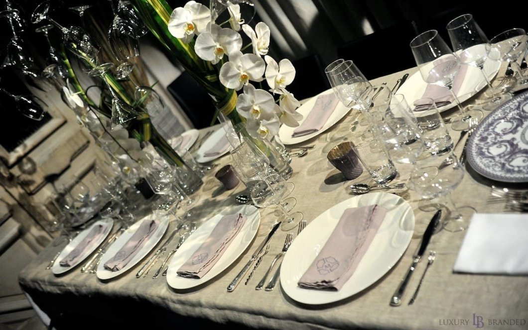 dinner_by_design_cheers_to_understated_elegance_03