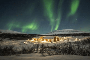 iceland-exclusive-lodge-1-lauren-berger