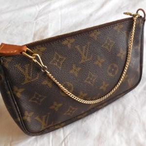 Louis Vuitton Monogram Pochette Accessories Pouch