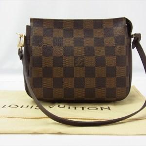 09c58e6dedad Louis Vuitton Trousse Damier Ebene Pochette Handbag