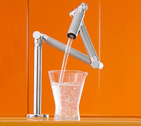 kitchen_faucet_1.jpg