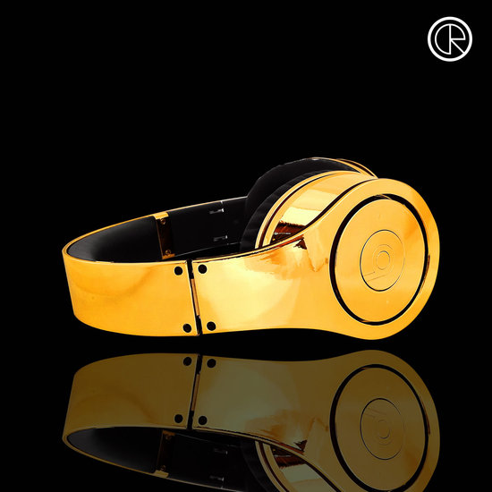 CrystalRocked_Gold-plated-Dr-Dre-Beats-Studio-Headphones-2.jpg