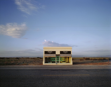 Prada_store_in_Texas_1.jpg