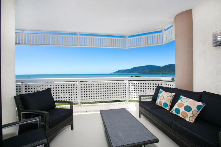 Cairns Luxury Seafront Apartment Balcony
