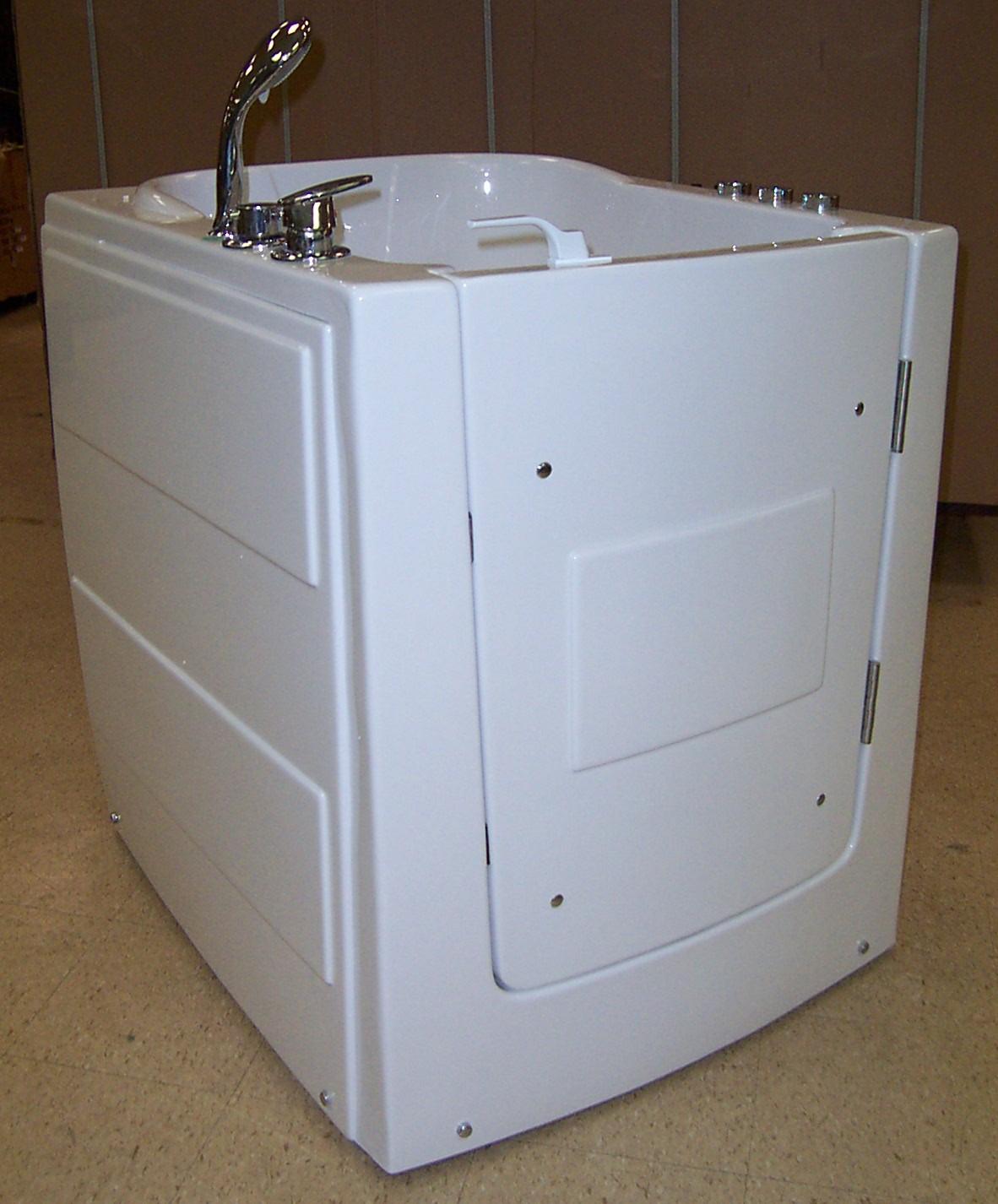 Luxury Spas And Whirlpool Bathtubs 9w03 Walk In Tub Special