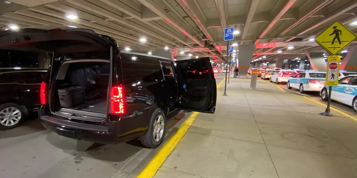 Airport Car Service by Luxury SUV Rides