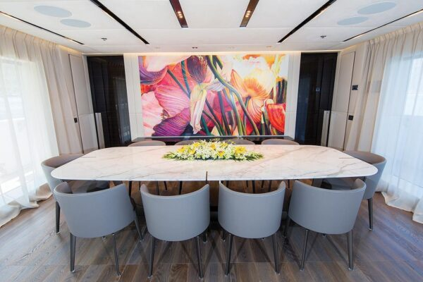 ouranos-yacht-charter-main-dinning
