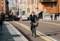 Rayo cayendo al mar en la Bahía de Alicante. Un instante fugaz que puede ser retenido indefinidamente.