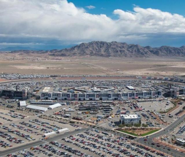 Experiences Las Vegas Motor Speedway