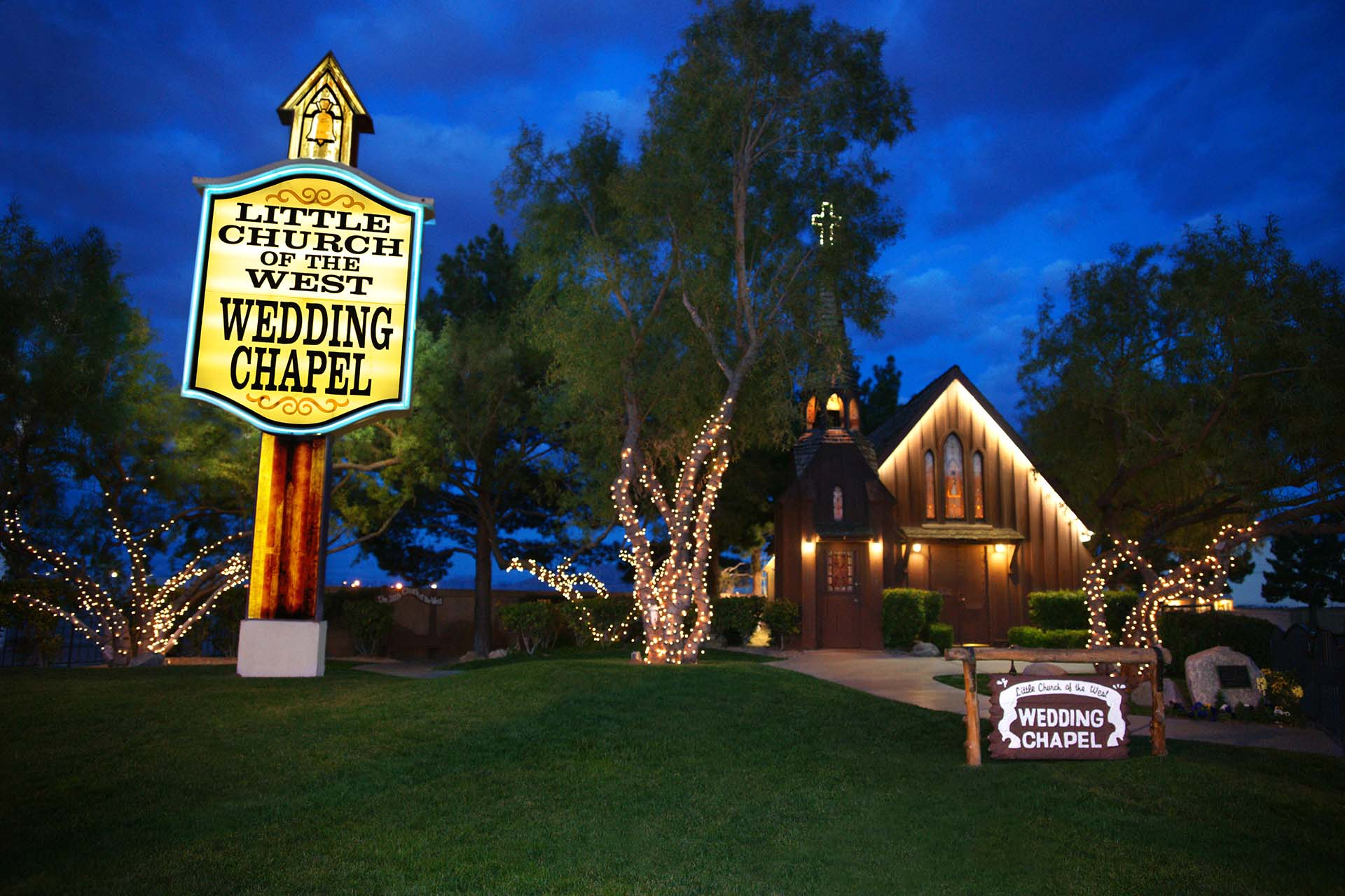 Vegas Weddings Helicopter Packages