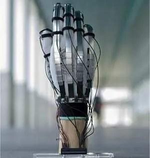 Descubra a luva ultraleve que gera sensações ao tocar em objetos virtuais
