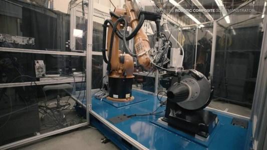 Ford inova em linha de montagem com impressoras 3D 1