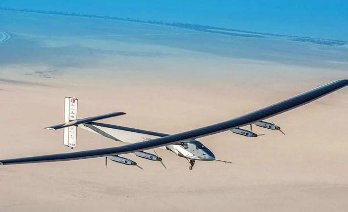 Solar Impulse 2 faz uma volta ao mundo com energia solar 1