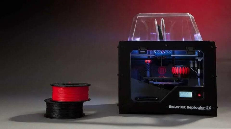 Impressora 3D MakerBot Replicator 2X