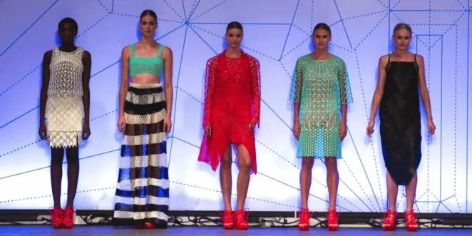 Modelos de roupas impressas em 3D. Continue lendo o post.