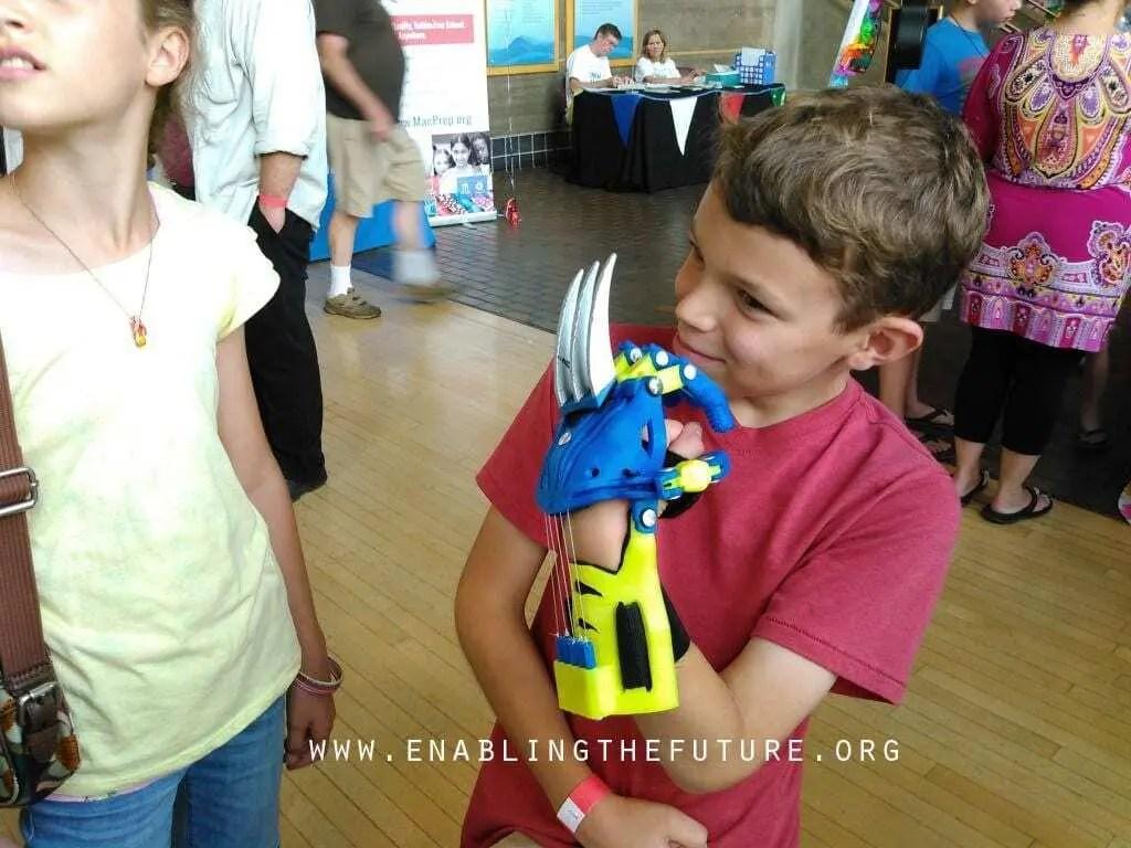 Impressão 3D e as crianças : Uma relação criativa e divertida