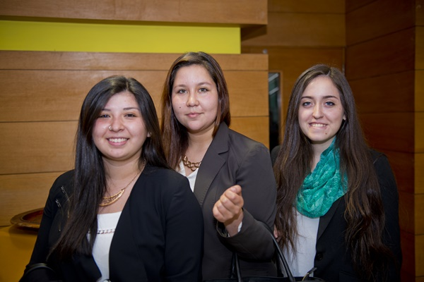 Tamara Fuenzalida, Soledad Amigo, Camila Rojas