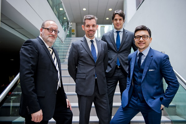 Xxxxx Xxxxx, Christian Vidal, Daniel Gatti y Andree Mendes