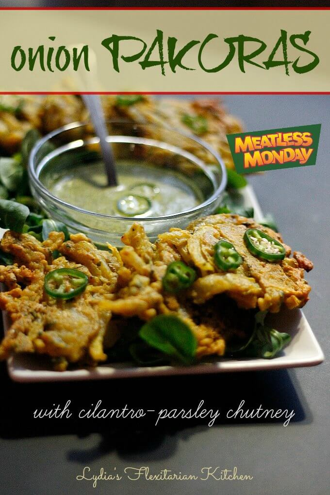 Onion Pakoras ~ #GlutenFree & #Easy Fritters Perfect for #MeatlessMondays from Lydia's Flexitarian Kitchen