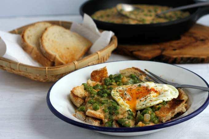 Hungarian Style Peas ~ Borsofozelek ~ Lydia's Flexitarian Kitchen