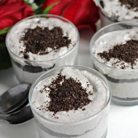 Cookies and Cream Parfaits aka The Grey Stuff ~ #MovieMondays ~ Lydia's Flexitarian Kitchen