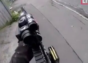 FOTO: Skjermdump fra video av terrorangrepet i Christchurch.