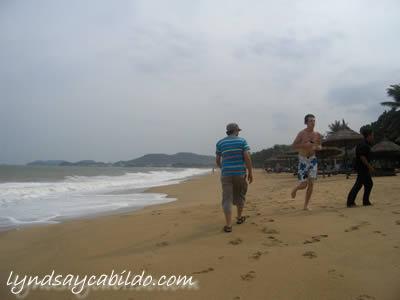 Lyndsay's Nha Trang Beach Photo