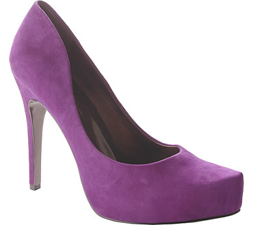 Platform High Heels Shoes: Jessica Simpson's Strikers!