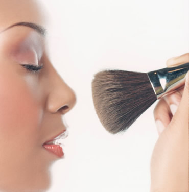 Tips on How To Apply Mineral Make Up Image