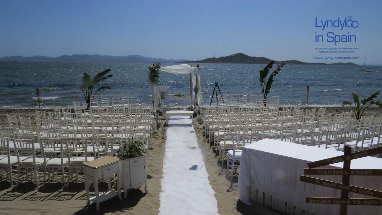 Welcome to LyndyLooInSpain - Costa Blanca Wedding Planner