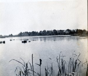 Lyn Pond c1910 McNish Coll p27