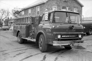 lyn-fire-truck-1971-rt-digital