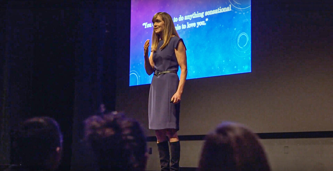 Lynn Lyons Anxiety Specialist Therapist Author Speaker