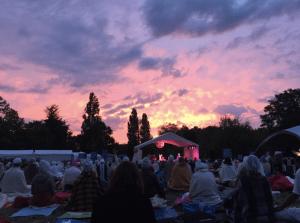 Kundalini Yoga Festival in France | Lynn Roulo