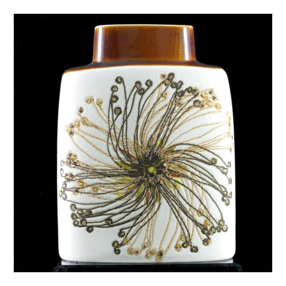 Royal Copenhagen Seedhead Pillow Vase F4