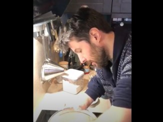 Confinement Gregory Cuilleron dispense ses recettes en Facebook Live