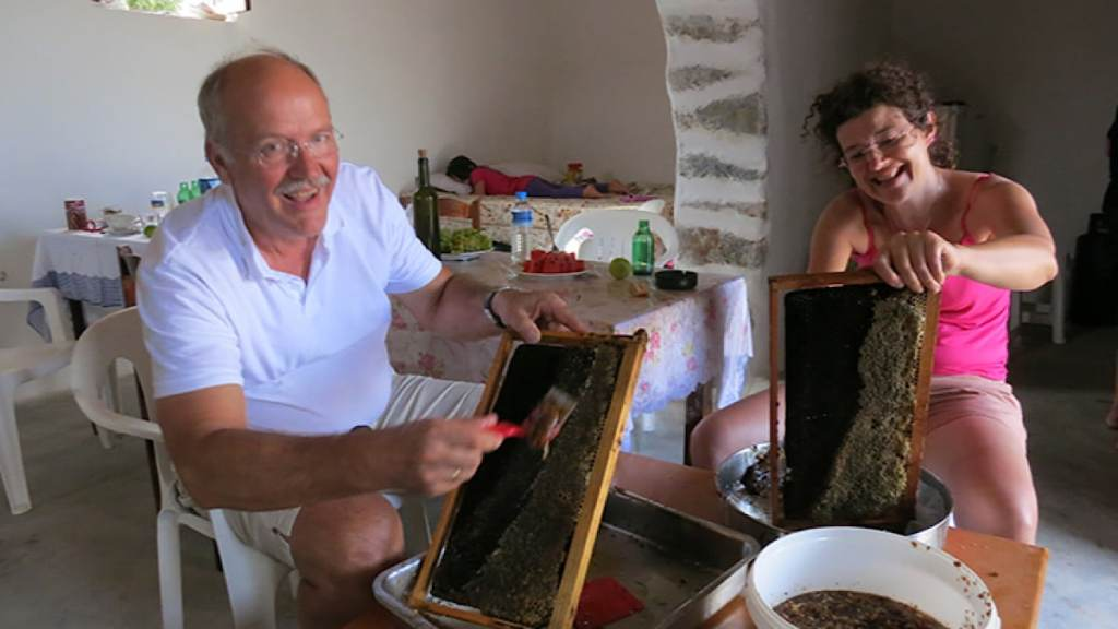 Gandelin Passions installée à Craponne près de Lyon importe des produits de Crète