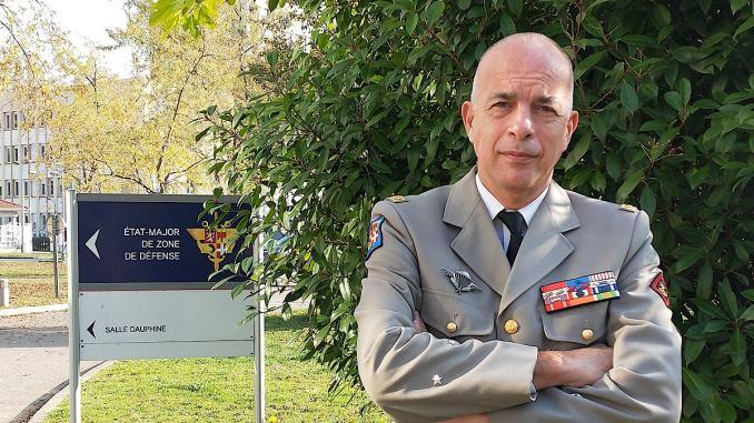 Arrivé cet été à Lyon, le général Clément vient de passer 3 ans au Niger où il occupait la fonction d'attaché de défense