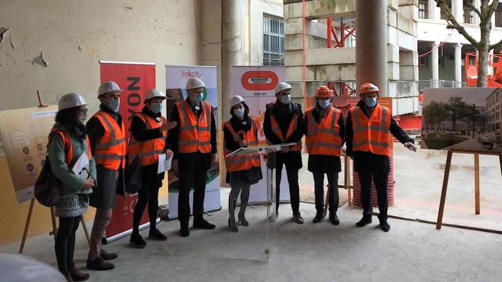 le Collège de la Croix-Rousse désert depuis 2013 rouvrira en 2022