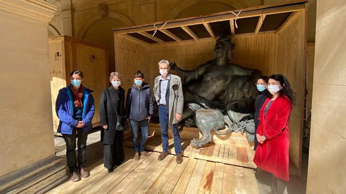 Le Rhône et la Saône vont être restaurées.... Les statues des frèes Coustou arrivent au Musée des Beaux-Arts