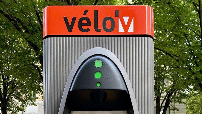 deux nouvelles stations Velo'V à Lyon et Vaulx