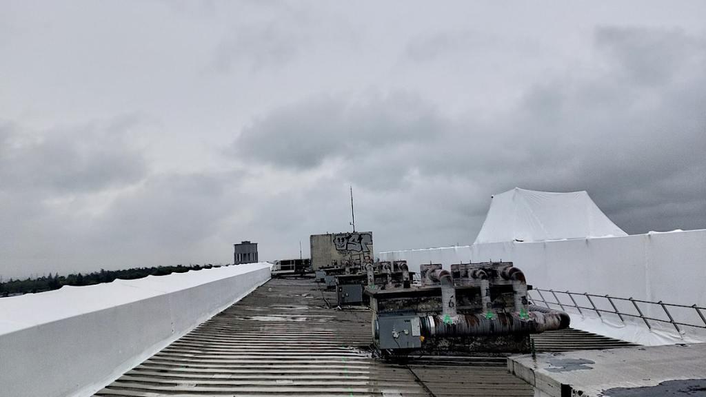 UC1 PARILLY démolition en cours