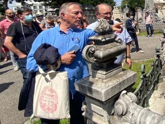 Alain Bougrain-Dubourg au cimetière de la Guillotière