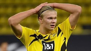 """""""I hope Chelsea is not planning to bid £150m for me"""" – Haaland"""