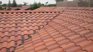 do tile roofs in arizona need cleaning