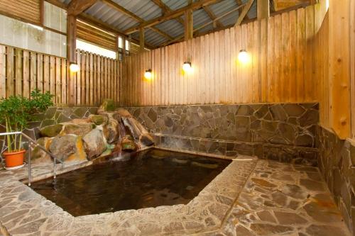 ニュー泊崎荘 浴室