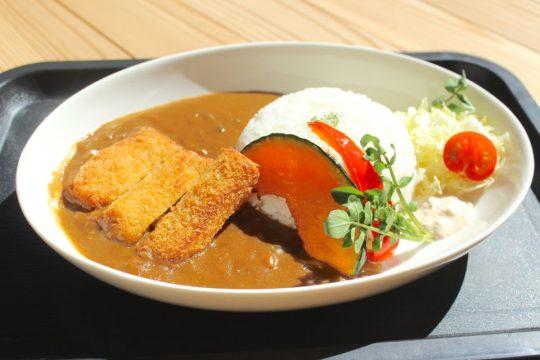 【レストラン神割】3月の営業日案内